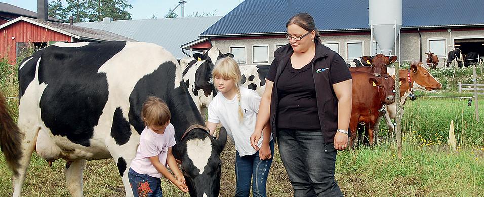 Miia, Emmi ja Anna-Stiina Niskanen
