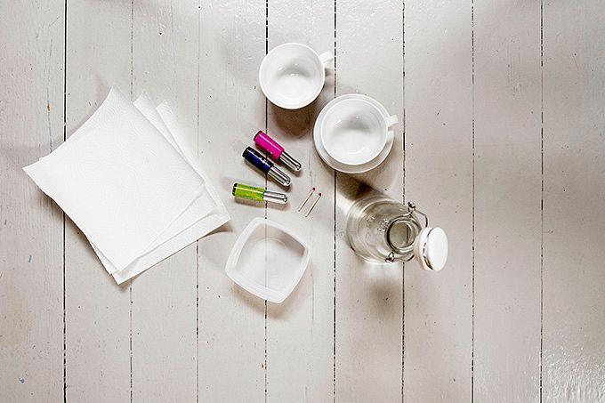 Marmoroitu kahvikuppi tarvikkeet