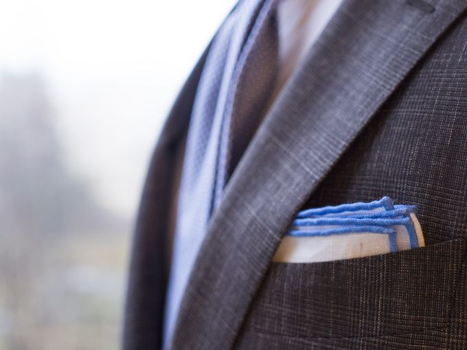 ​Shibumi Berlin sky blue contrast border pocket square.​