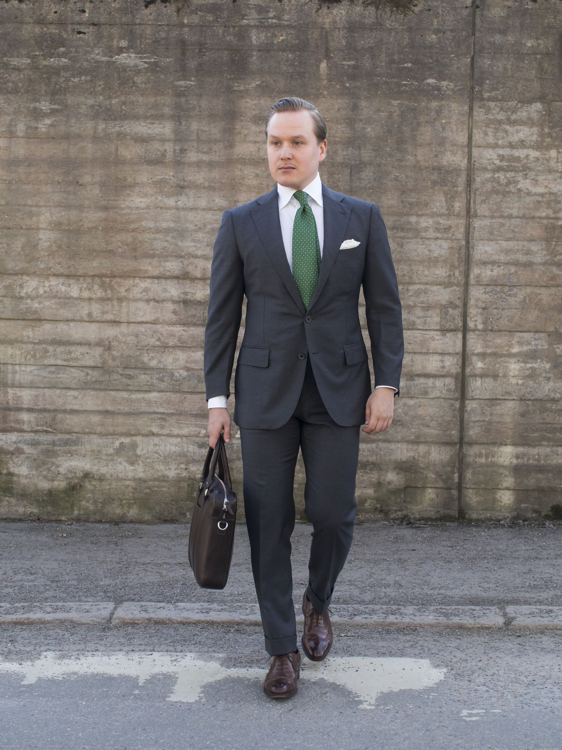 Suitsupply La Spalla Grey Business Suit Worth It Or Not