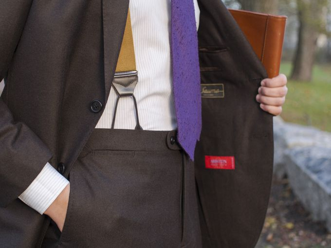Vaatturiliike Sauma made-to-order suit from Ariston flannel, Exquisite Trimmings shantung silk tie, SuitSupply shirt, Viola Milano braces and a Berg & Berg leather portfolio.​