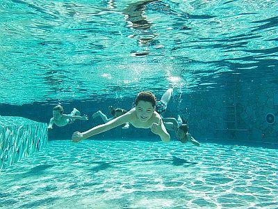Zwemmen in de Aqua Mundo is altijd leuk, vooral als je je