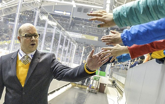 Risto Dufvalla on mahdollisuus johdattaa Lukko runkosarjan kakkoseksi.