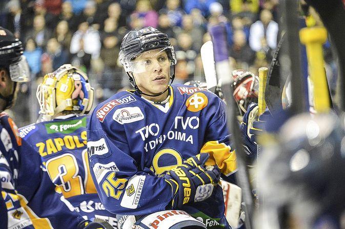 Henrik Forsberg sai Lukolta tarjouksen, mutta on valitsemassa toisen seuran. Kuva: Pekka Lehmuskallio.
