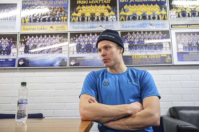 Henrik Forsberg joutui jättämään tiistain SaiPa-ottelun kesken.