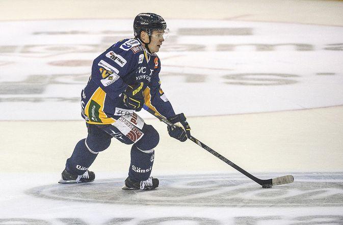 Janne Niskala on tällä kaudella pelannut 30 liigapeliä ja kerännyt niissä tehot 6+8=14. Hän on Lukon viidenneksi tehokkain pistemies. Kuva: Pekka Lehmuskallio.