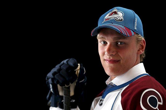 Mikko Rantanen teki NHL-sopimuksen Colorado Avalanchen kanssa.