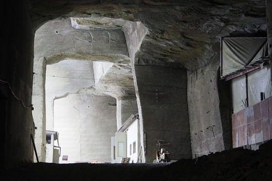 Der Eingang in die unterirdischen Stollen.