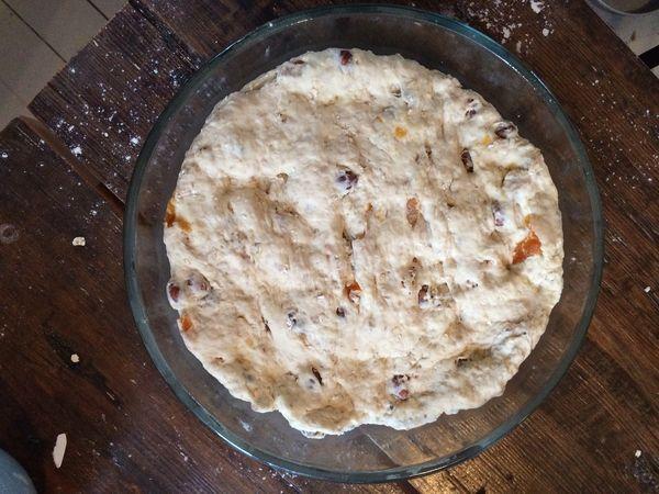 Aprikoosi hasselpähkinä vuokaleipä  Puustellin blogi