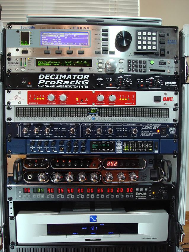 backstage_rack_effects_s638x0_q80_noupscale.jpg
