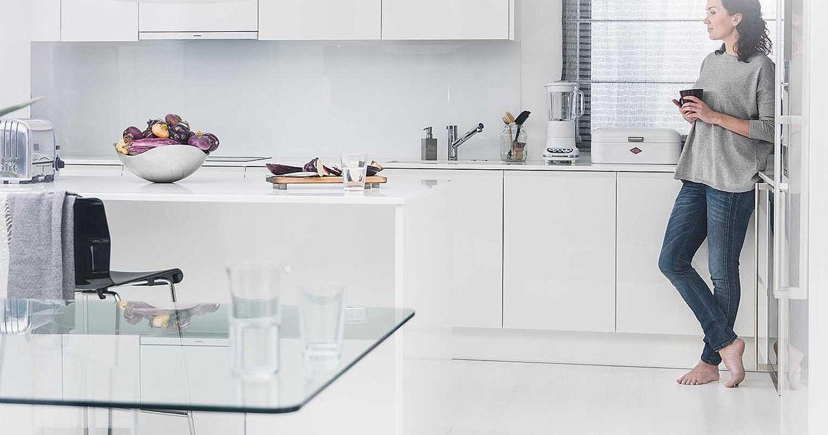 Keittiön siivouskikat lattiat  Puustellin blogi