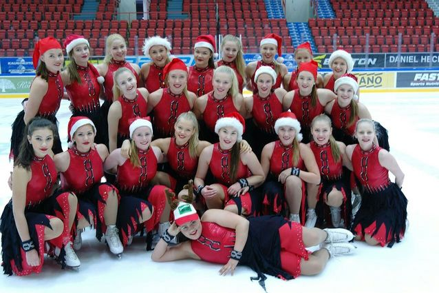 Team Fintastic toivottaa Hyvää Joulua! Kuva: Kaarina koivuniemi