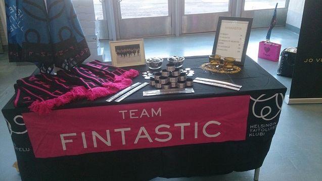 Team Fintastic fanipöytä