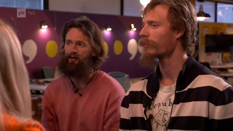 Pyry ja Juho reissasivat tuktukilla Thaimaasta Suomeen.