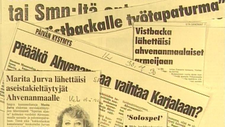Lehtileikkeitä, jotka käsittelevät keskustelua Ahvenanmaan ympärillä. Kuva: Yle kuvanauha / Elävä arkisto