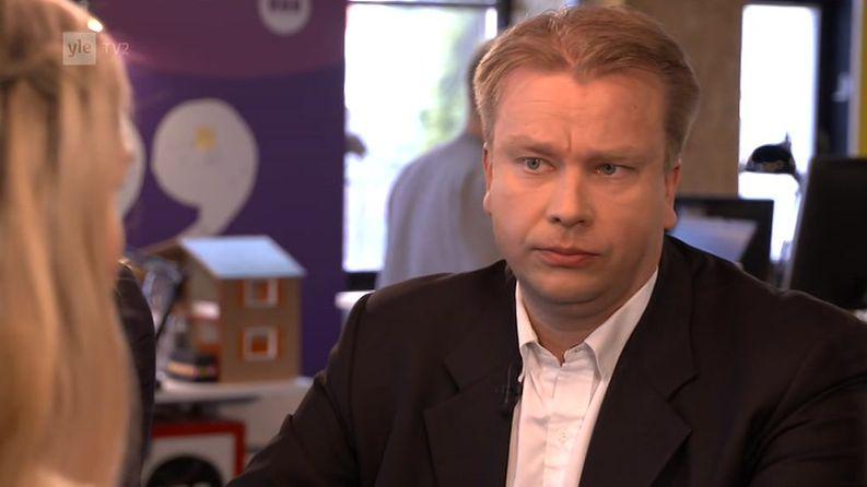 Keskustan kansanedustaja Antti Kaikkonen Kioskin vieraana.