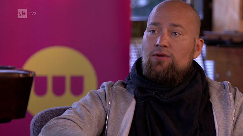 Kuvajournalisti Niklas Melkio Kioskin vieraana.