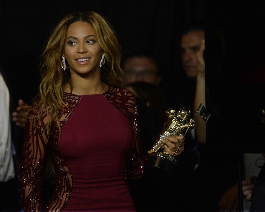Beyonce on Grammyissä ehdolla kuudessa kategoriassa.  EPA/MIKE NELSON