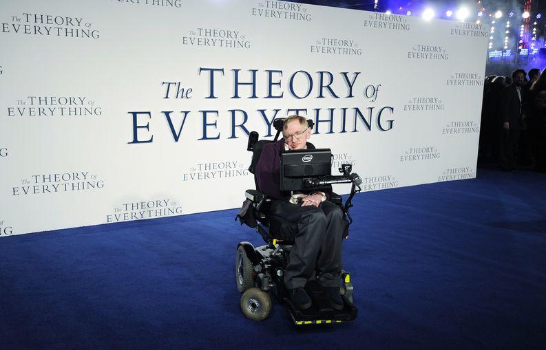 Parhaan elokuvan Oscar-palkinnosta kisaava Kaiken teoria on elämänkerrallinen elokuva Stephen Hawkingista. EPA/Facundo Arrizabalaga