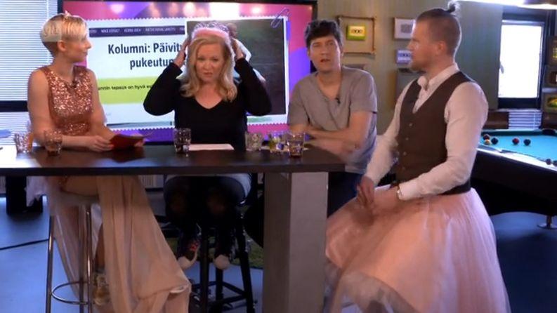Maanantaina Kioskissa puhuttiin muun muassa Lennistä. Mukana Rakel Liekki, Lotta Backlund, Kasper Strömman ja Jari Hanska.