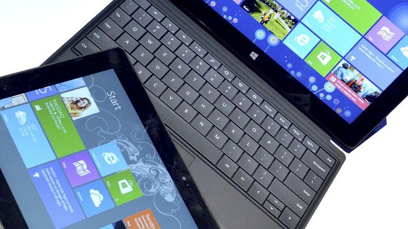 Microsoft Surface -tabletti esittelyssä vuonna 2012. Kuva: EPA / Justin Lane