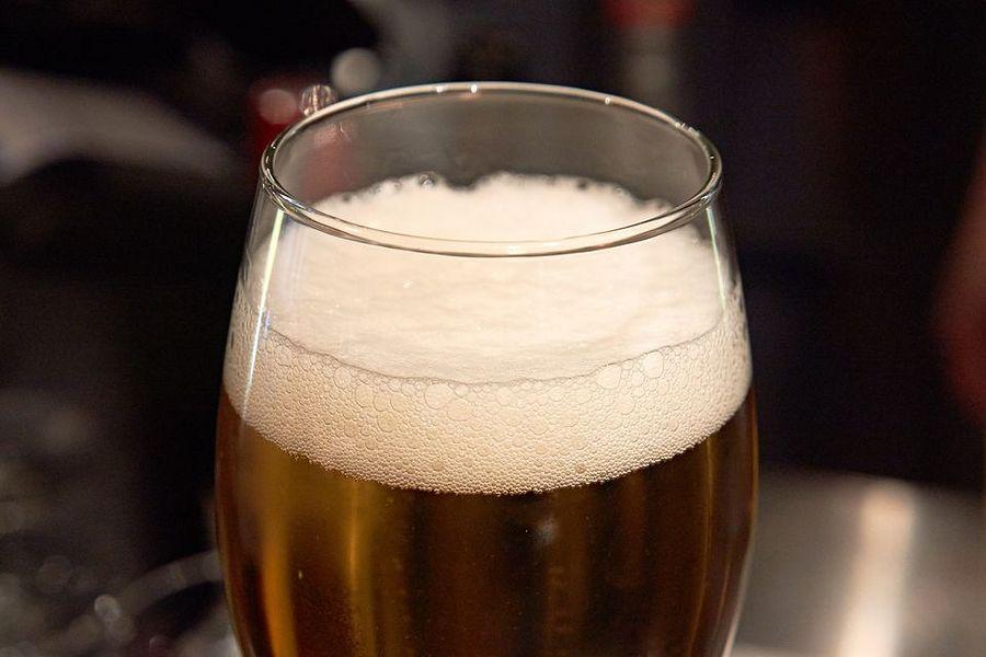 Onko olut hyvä vai huono palautusjuoma? Siitä kiistellään nyt. Jyki Lyytikkä / Yle