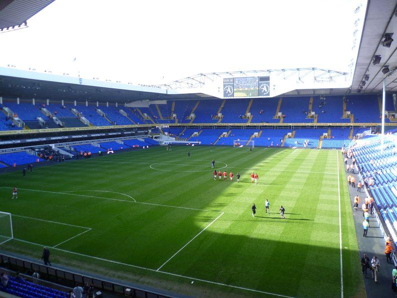 Tottenham Hotspurin kotikenttä White Hart Lane. Kuva: Wikipedia Commons
