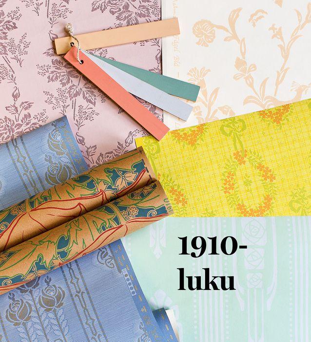 Kukat ja vaaleat sävyt kuuluivat 1910-luvun tapetteihin. Ylhäällä vasemmalla täydellinen valinta aikakauden makuukammariin, Viktorian ruusu, 54,90 e / rulla, Tapettitalo. Oikealla ylhäällä yksinkertaistettua kansallisromantiikkaa, Fågelblå, 105 e / rulla, Lim & Handtryck, Rakennusapteekki. Keltapohjainen tapetti enteilee jo tulevaa klassismia rusetteineen ja seppeleineen, Siarö, 306 e / rulla, Handtryckta Tapeter. Rullalla olevassa Berlin-tapetissa näkyy jugendin ja art nouveaun jälkimaininkeja, 203 e / rulla, Lim & Handtryck, Rakennusapteekki. Vihreäpohjaisessa tapetissa on jugendpystyraitaa ja ruusuja, Rosen, 229 e / rulla, Handtryckta Tapeter, ja sinipohjaisen tapetin nimikin on vielä Jugendros, 223 e / rulla, Lim & Handtryck, Rakennusapteekki. Mattapintaisella pellavaöljymaalilla saa kauniin liimamaalimaisen lopputuloksen sekä seiniin että kattoihin. Se kuivuu nopeasti. Ajalle tyypilliset vaaleat sävyt keltaokra, pompejinpunainen, sinivihreä ja harmaa umbra, 99 e / 3 litraa, Antiikkiverstas Wilma.