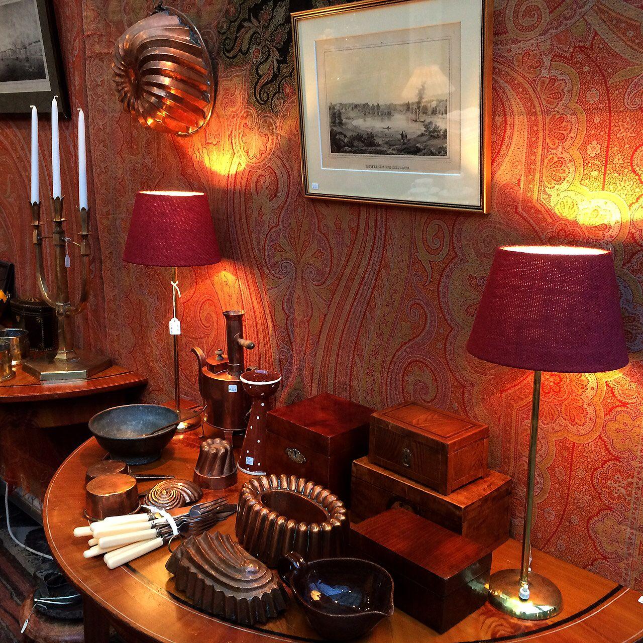 Old Times. Vanhat keittiökuparit käyvät nyt koristeiksi ja rasiat vaikka  lahjapakkauksiksi 310256524a