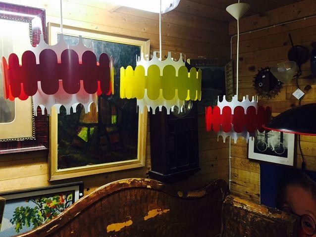 Humoristiset lamput sopivat retrohenkiseen kotiin.