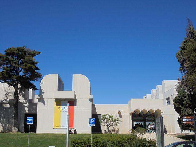 """Arkkitehti Josep Lluis Sert i Lopez suunnitteli """"Fundacio Joan Miro"""" museon vuonna 1975"""