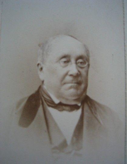 Christian Werner von Rehausen (1817-1878), kellon ensimmäinen haltija. Kuva hänestä myöhemmiltä vuosilta, jolloin  hän sai mm. laamannin arvonimen.