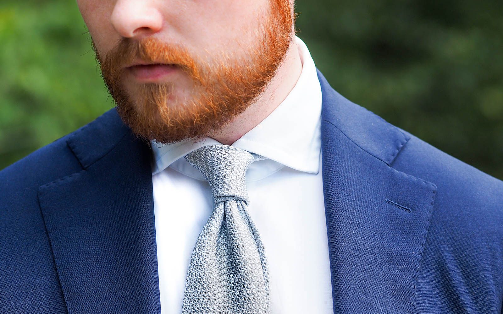 The silver grenadine tie the prince albert knot ccuart Images