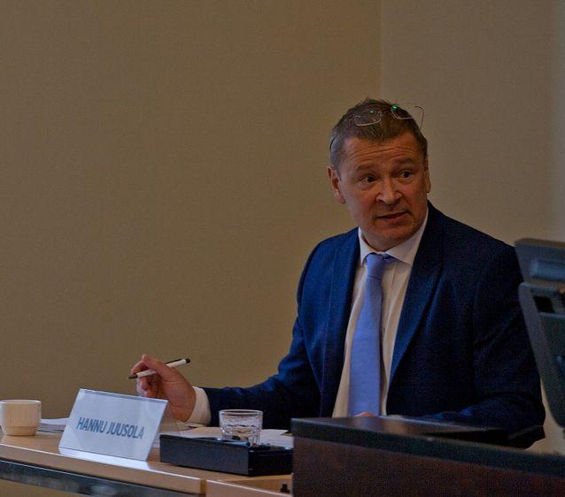 Professori Hannu Juusola osallistui Ulkopoliittisen instituutin järjestämään Israel in the Changing Middle East -tapahtumaan 4.12.2014. Kuva: Tuukka Niemi.