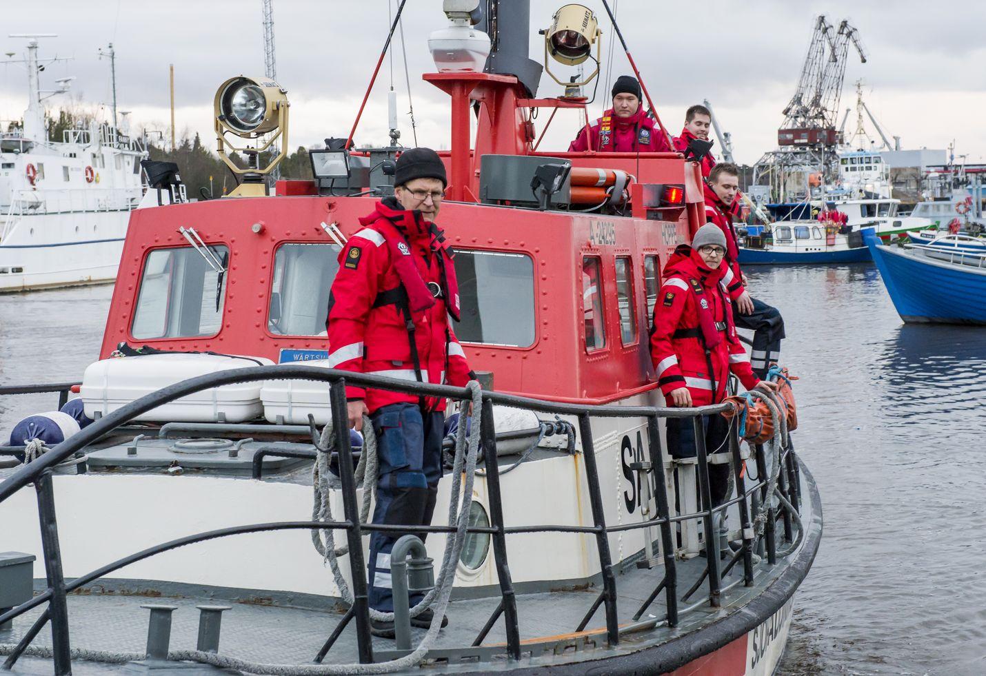 Rauman Meripelastusyhdistyksen vapaaehtoiset ovat tuttu näky vesillä. Kuva: LS-arkisto/Esa Urhonen