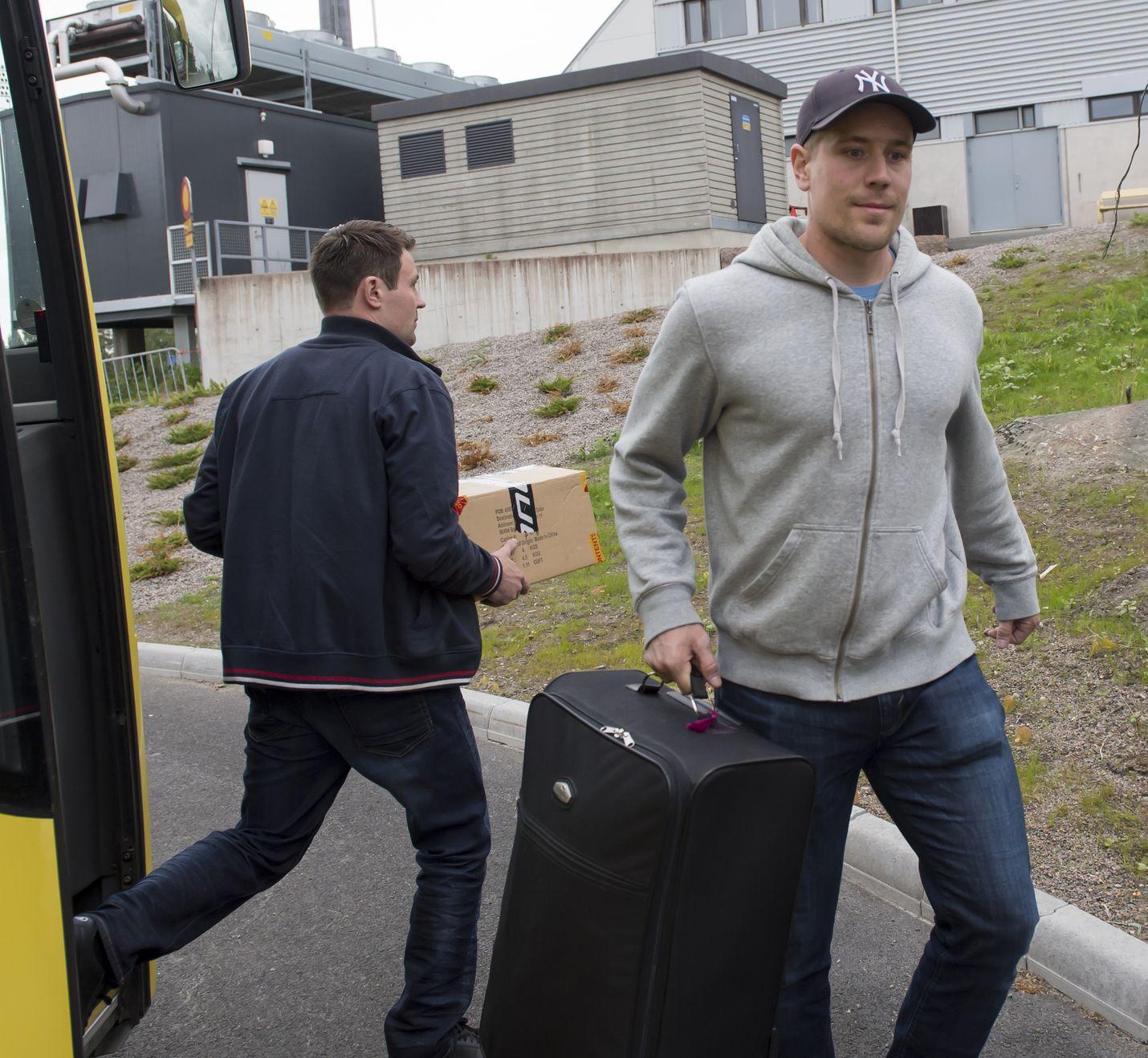 Ilveksestä Lukkoon siirtynyt Turo Asplund ja muu Lukko-joukkue viettävät seuraavan viikon Malagan lämmössä.