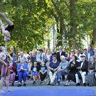 Kustavilainen sirkusakrobatiaryhmä ArtTeatro sai yleisön haukkomaan henkeään. Kuva: Juha Sinisalo