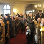Moni saapui kirkkoon suoraan joulurauhan julistuksesta.
