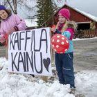 Mari Rantanen ja Aava Valkonen edustavat Kaffila Kainun tehokasta tiimiä. Kuvat: Esa Urhonen
