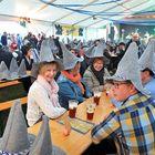 Olutta juhlivassa festivaalissa oli jo alkuillasta tunnelma kohdallaan.