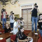 Pamela Andersonin lehdistötilaisuus kaupungintalolla.