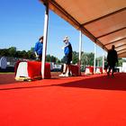 VIP-teltan lattialla on tietenkin punainen matto.