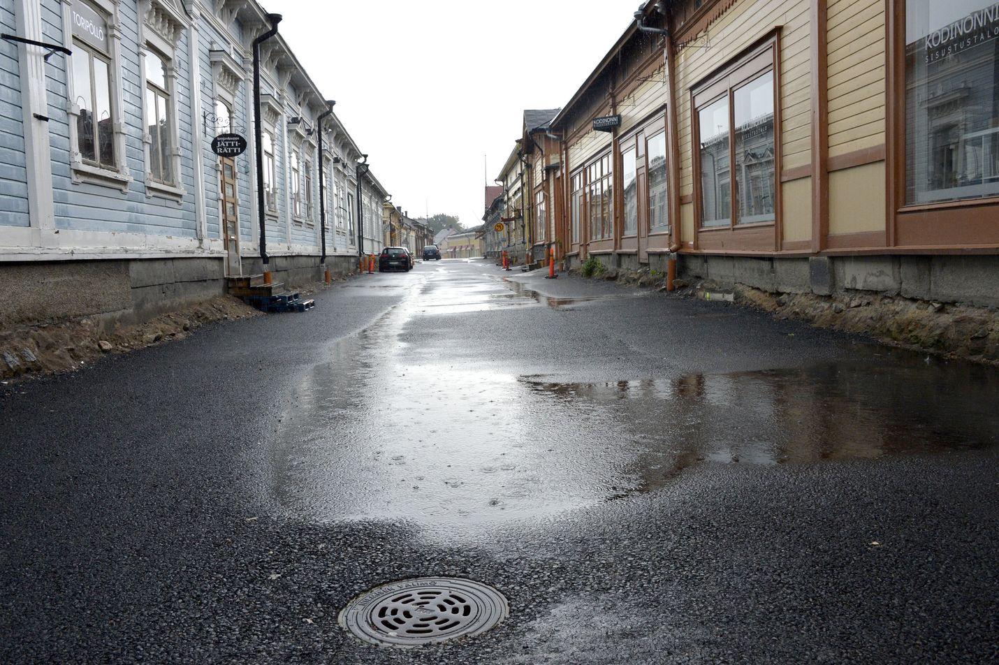 Kesä on jatkunut sateisena. Kuva: LS-arkisto/Esa Urhonen
