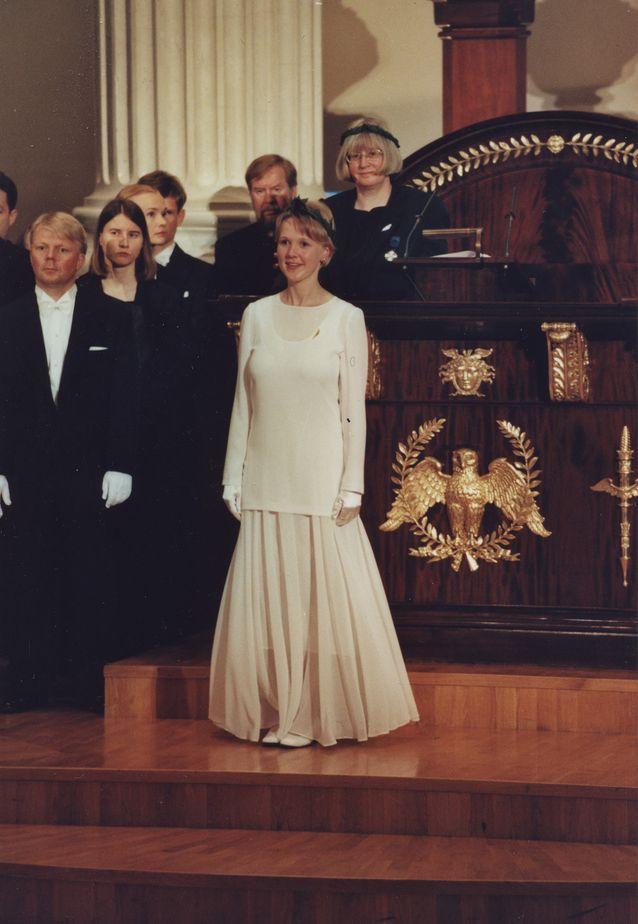 Filosofisen tiedekunnan promootio 2000. Kuva: Jakke Nikkarinen.