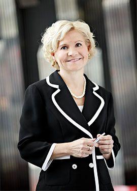 Sirpa Huuskonen, henkilöstöjohtaja / ISS Palvelut