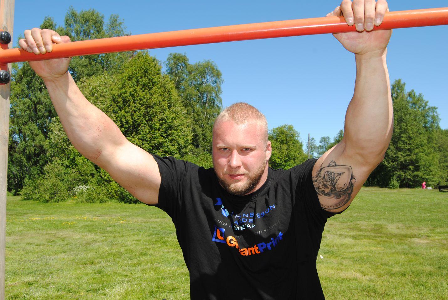 Jarno Kirselä odottaa seuraavaksi kutsuja Strongman Championship Leaguen osakilpailuihin.