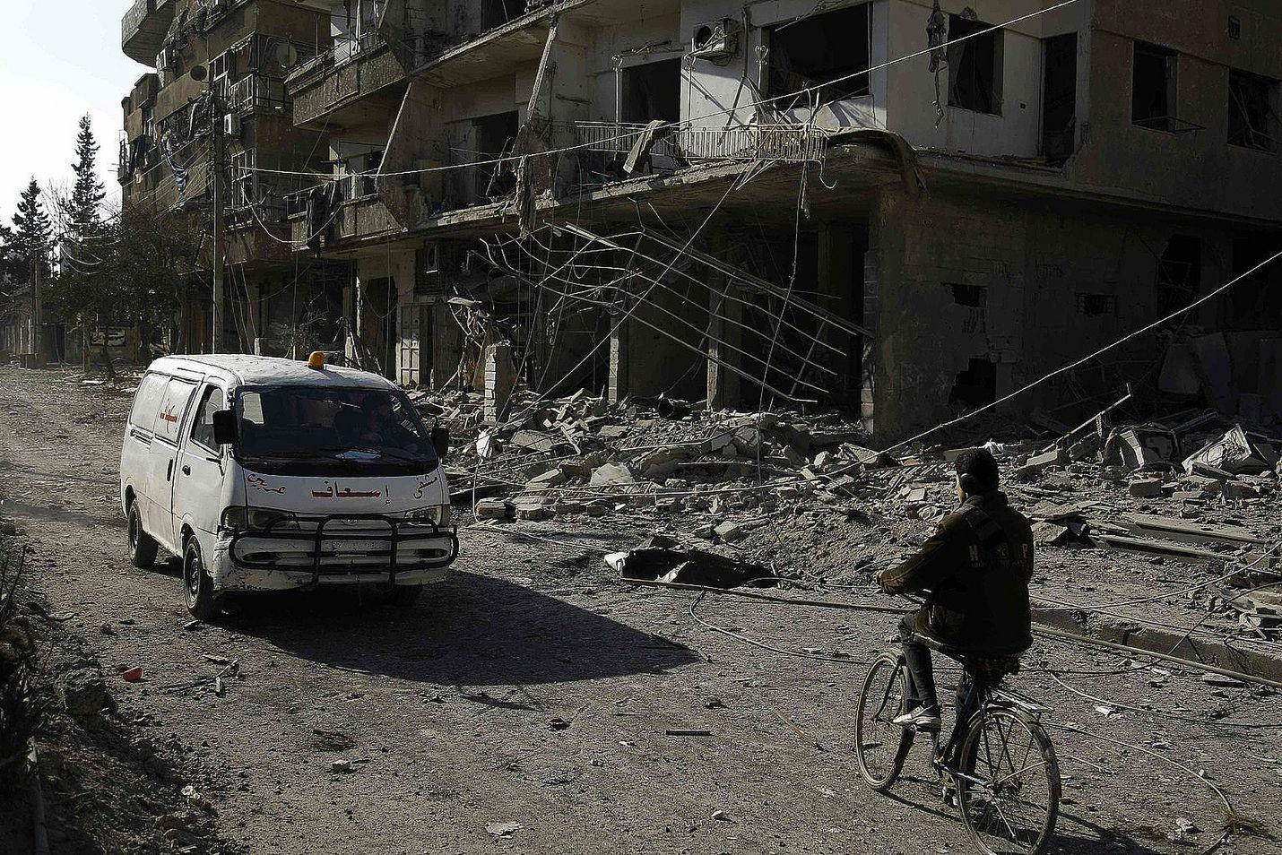 Syyrian sisällissota on kestänyt viisi vuotta. Suomalaisasiantuntijan mukaan sodan päättyminen ei ole näköpiirissä. Kuva on  Hammuriyehista kapinallisten hallussaan pitämältä Itä-Ghoutan alueelta.