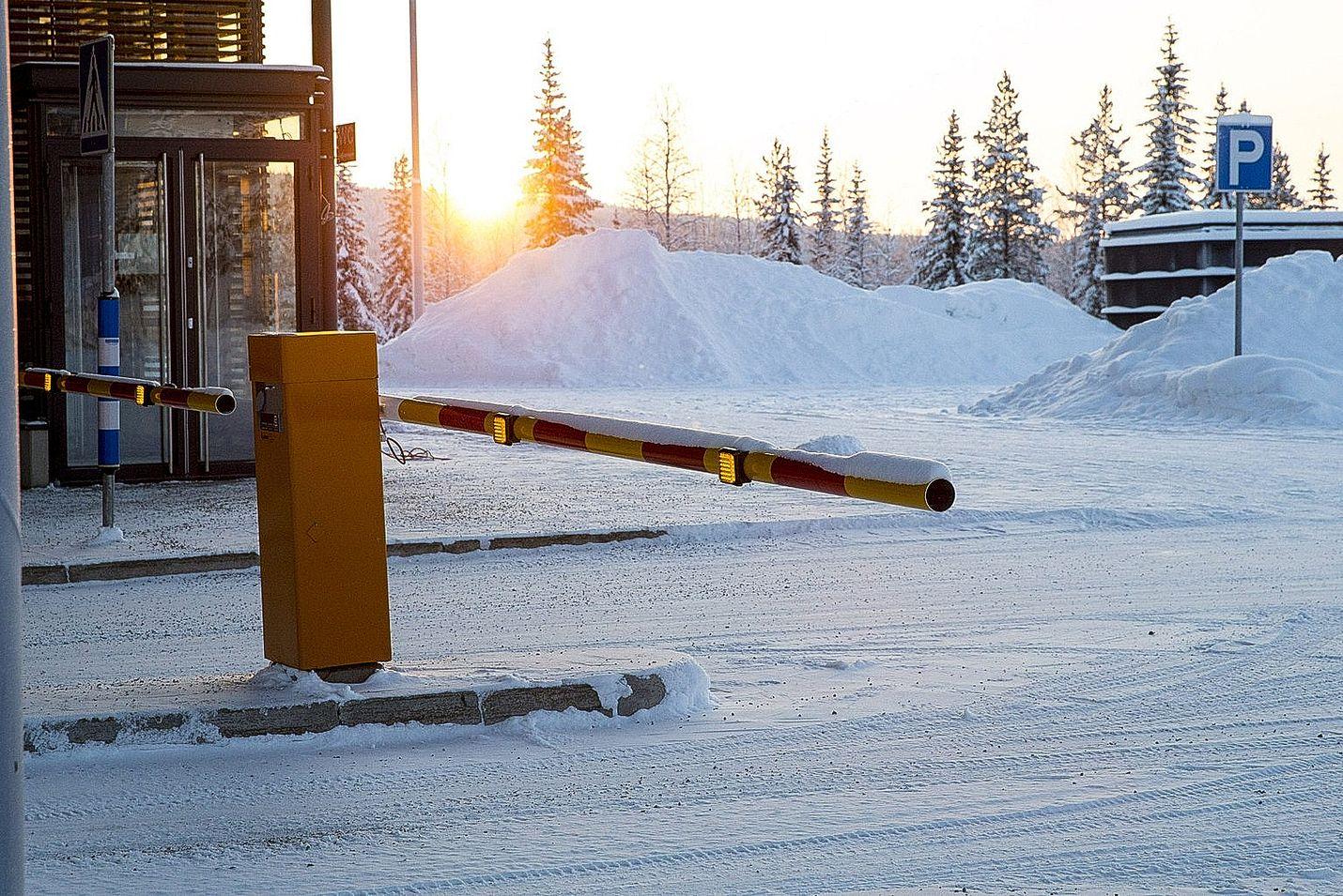 Suomi esitti helmikuussa Venäjälle, että Sallan ja Raja-Joosepin rajasopimus olisi koskenut myös EU:n ja Sveitsin kansalaisia. Kuva on Sallan raja-asemalta.