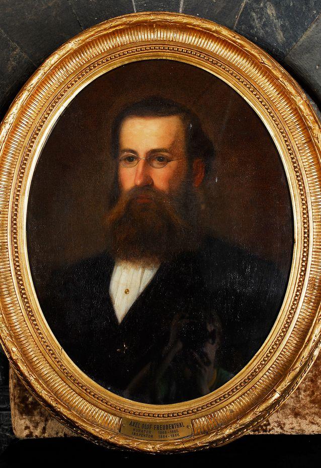 Axel Olof Freudenthal oli Nyländska afdelningenin kuraattori ja inspehtori. Maalaus: Erik Johan Löfgren. Kuva: Fredrik Forssell. Nylands Nations konstsamling.