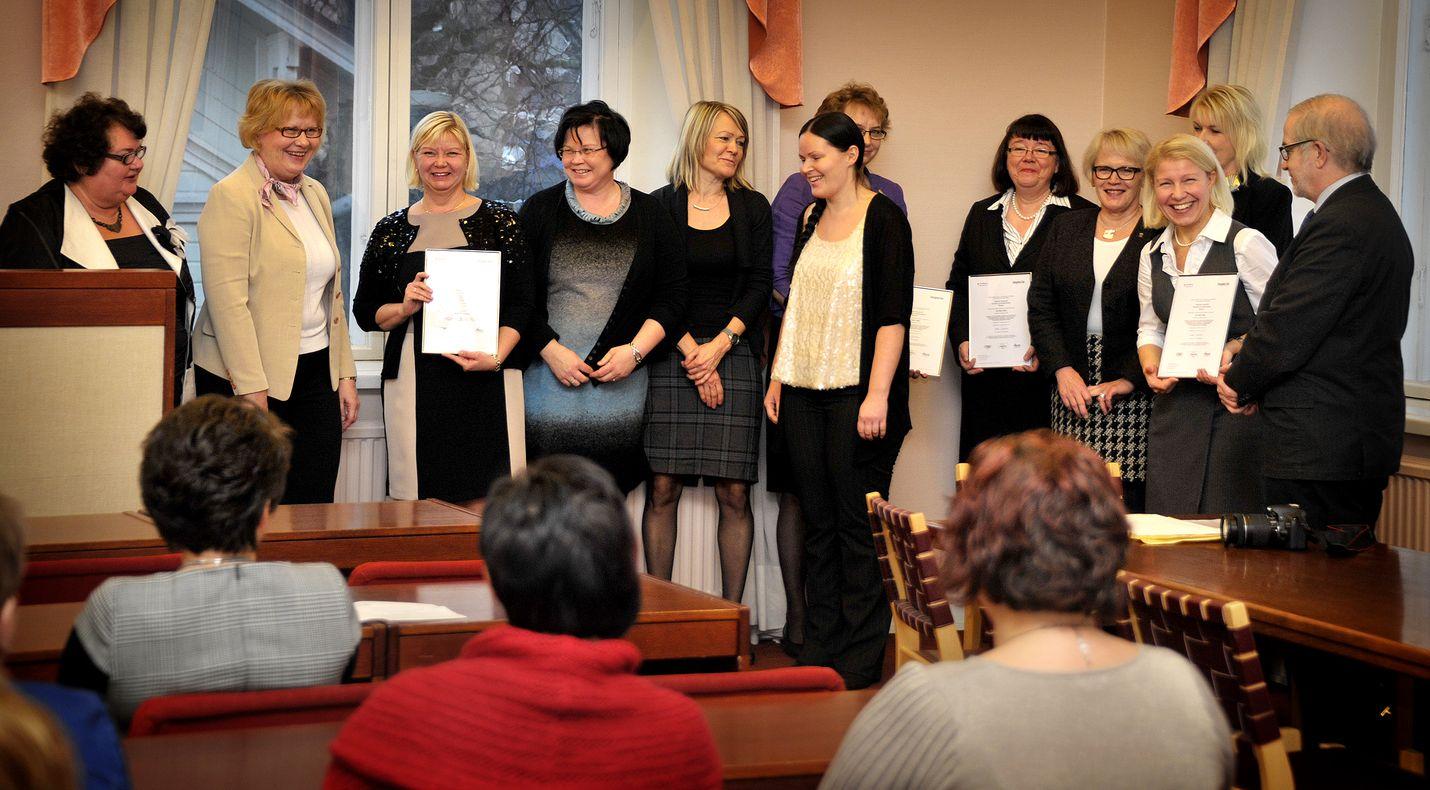 Rauman sosiaalipalveluissa juhlittiin marraskuussa 2012 laatusertifikaattia. Leena Kivimäki uskoo sertifikaatin olevan yksi vetovoimatekijä rekrytoitaessa uusia työntekijöitä.